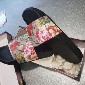 Gucci slides men's size 10.5